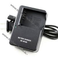 Зарядное устройство FujiFilm BC-W126 (np-w126) для фотокамер FinePix HS35, X-E2, X-T10, X-A5